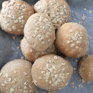 Brunchboller med kokosolie og 3 slags mel