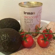 Tortilla med avocado-bønne spread og grønt