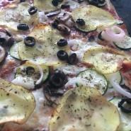 Grøntsagspizza med kartofler